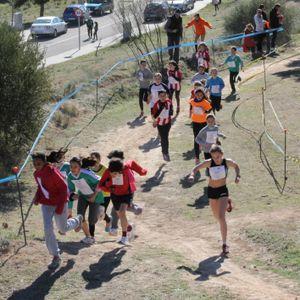 Es celebren a Flix les proves finals territorials de Cros de Tarragona dels Jocs Esportius Escolars