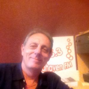 TW9Y 10.7.14 Hour 2 The Hollies Story Pt 2 with Roy Stannard on www.seahavenfm.com
