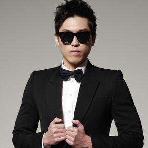 EDM Radio Presents DJ AYA