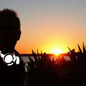 HORARIO SOLAR 017 - on RADIO ILLA with RAZOOF