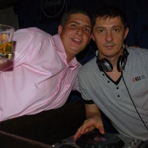 2011.08.Dj.Oli - Friday.Party.Mix
