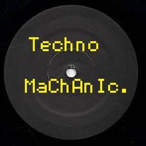 Techno Machanic, July.2014 - mixed by Dave Headlock