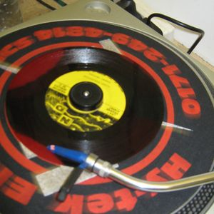Thundering Vibration & Reggae Twins ls. RS Digital @ SUPREME FM