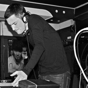 Ian Lovely- Fall Techno and Tech House Mix