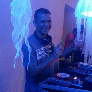 Mega Pista 29.08 bloco 3 convidado DJ Zangão