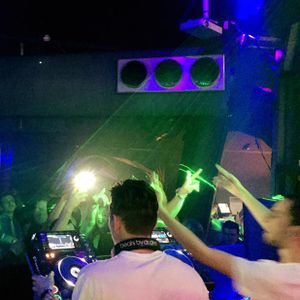 DJ V vs Nick M - Homebar 24072015