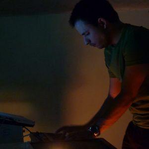 Ferenc Vaspoeri live @ Plug & Lay 19-03-2010