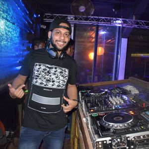 Deep In Commercial House by DJ Ashton Aka Fusion Tribe.