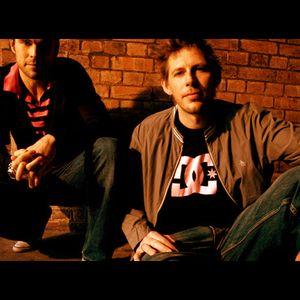 Groove Armada - Essential Mix 03-18-2007 (BBC Radio 1)
