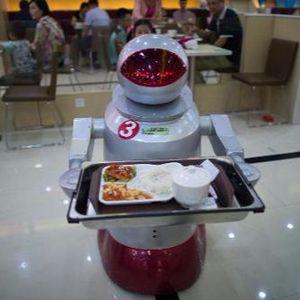 News Show: Food Service Robots & The Meat Juice Problem