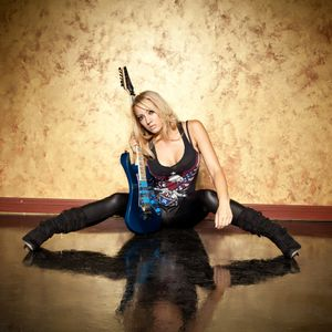 Nita Strauss Interview on the Friday NI Rocks Show 3rd Oct 2014