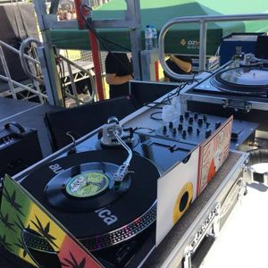 Crafted Beer and Cider Festival Broadbeach  ( rewind) or the tunes played) side 2