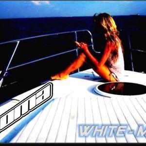 Koma Salazar - White-Mix