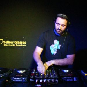 Yellow Glasses Electronic Sessions - One Year Anniversary - Wag