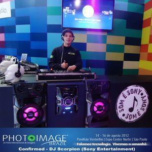 Photo Image Brazil - Stand Sony (DJ Scorpion Remix)