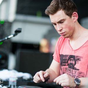 Reminder Of Our Lovely DJ || Hardwell ||