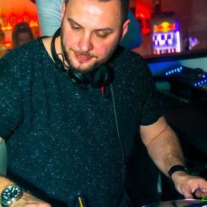 2017 04 15 Tomy Montana live at Club Miami Paszto