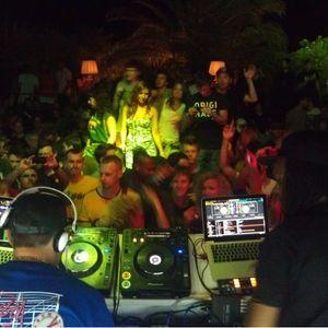 Bailey b2b A Sides feat. Jenna G, MC Fats and Robert Manos at Sun And Bass Festival 2012, Sardinia