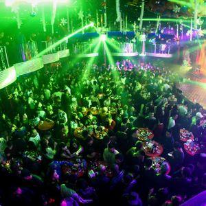 New Square Club - DJ Phong tóc dài