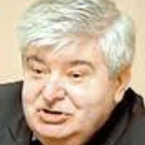 Radio intervew with Moscow Mayor and author Gavriil Popov (Гавриил Попов) on Voice of America