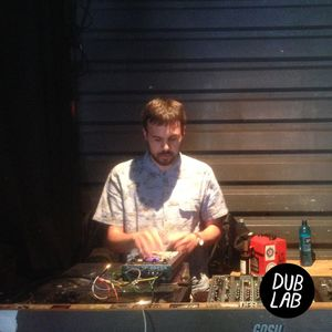 Live from Very Good Plus Vinylmarket w/ Wun Two (Live)