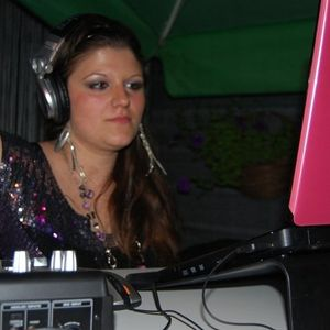 Miss Bloom @ Bellissimo Cafe (14.05.2011) (CGW Party ) Live Set
