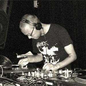 Mark v.d. Maat @ Basement Radio 10-08-2012