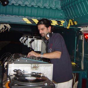 Max Alien Thing - 2004 Techno Mix