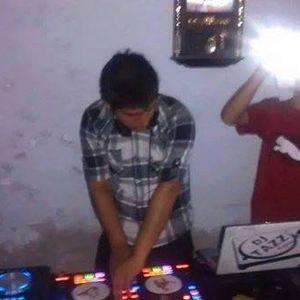 ABRIL MEGA MIX 2015 - [[ DJ REMIX ]]