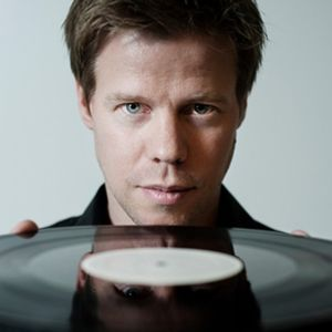 Ferry Corsten - Live @ Dance Valley 2001