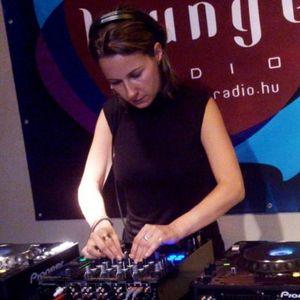 (LoungeRadio)_Revelution-Sylvie_livemix_(08.16.2012)