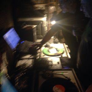 2 Bredrens - Haji Mike meets DJ Skev on Versionist