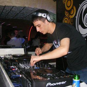 Needle- Los Techos Sos Technos Mix (08.02.2011.)