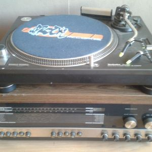 112-Media presents-VinyL Junkie MixSession#05 Genre:Querbeat 7.08.2014 mix by Jirka Otte