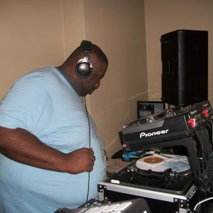 Dj Thomas Trickmaster E...House & Deep House World Wide...Live Session Mix