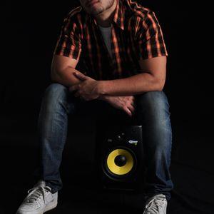Adan Mor @ Programa Lowding  Radio Show 01.12.2011