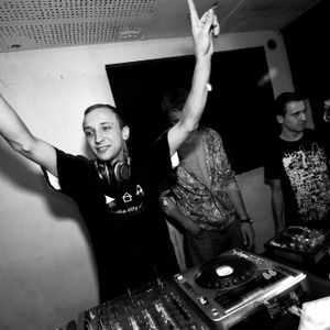 Mick Ticklovski - Baltica Waves 2010 promo mix