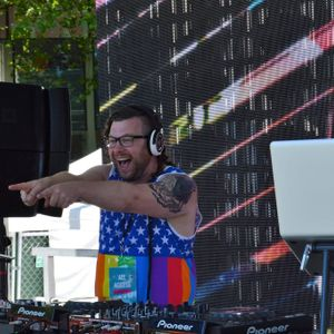 DJ TONY BURNS : Live @ Seattle PrideFest Fountain Stage 2016