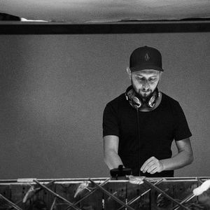 Viorel Dragu presents Ibiza Vibes on Radio Deea 12.09.2017