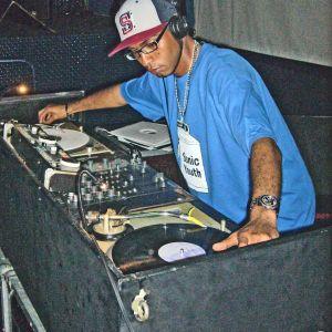 S.T.R.E.S.S. Loves 90's Hip Hop. DJ set