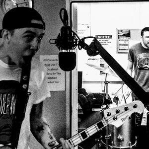 Neil Crud on TudnoFM - 09.04.18 - Show #103 - Crapsons in Session