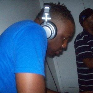 Junior B  'Party Mix Vol 2'  UK Funky (bb; 21169083)