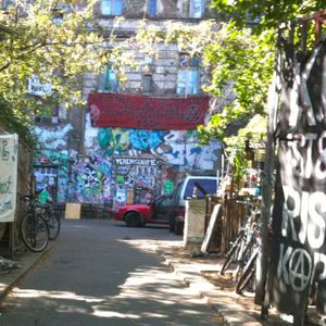 Interview with anarchist squatter in Berlin - Kopi 2009