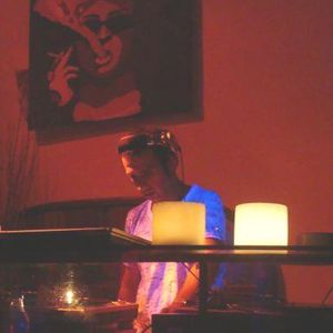 LUIS ZERILLO - TECH LIVE @ DE LA OSTIA 23/04/10