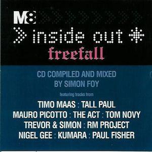 Simon Foy – Inside Out Freefall - Free M8 Magazine Nov 2000