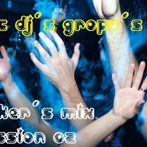 01.Eric Prydz - Niton (radio edit) 02.WolfgangGartner - Space junk (radio edit) 03.Deadmau5 - Sofi N