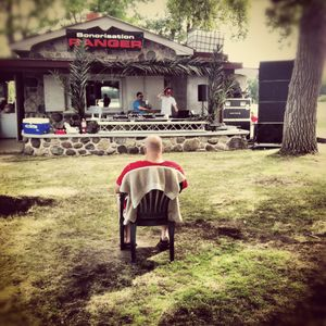 DJ Wolfe - Island Party 1:00am Mix - 2012