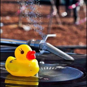 The Duck Season 29/1/2012 - Live on Glitch.FM