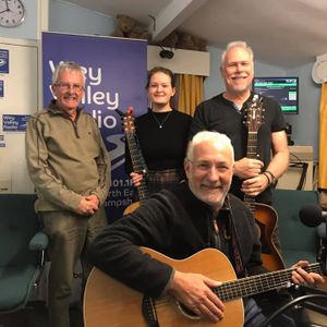 Acoustic Cafe Radio Show April 9th 2019 Iona Lane, Peter Crutchfield and Jim Cozens