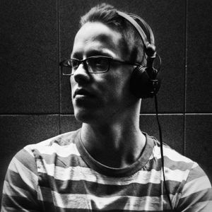 DeadLine-076-GuestMix by Dj Hendriks (Pace to P.M./Pincode/Tom Vachut)